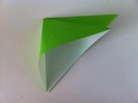 High-Low Tech – Electronic Origami Flapping Crane | 149x200