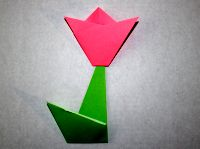 This is how to make a simple origami flower simple origami flower mightylinksfo